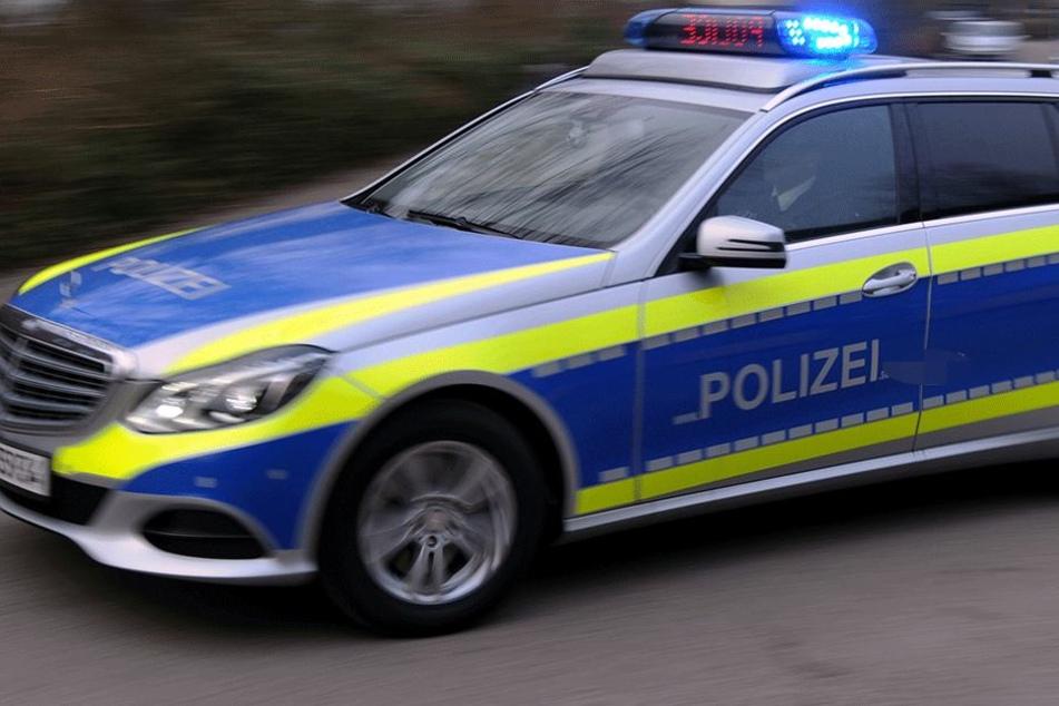 Geisterfahrer rast mit 180 km/h über die Autobahn: Nicht zu glauben, wer am Steuer saß!