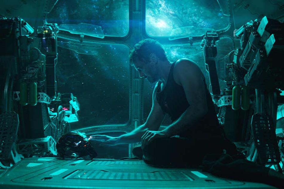 Iron Man alias Tony Stark (Robert Downey Jr.) befindet sich in einer verzweifelten Lage.