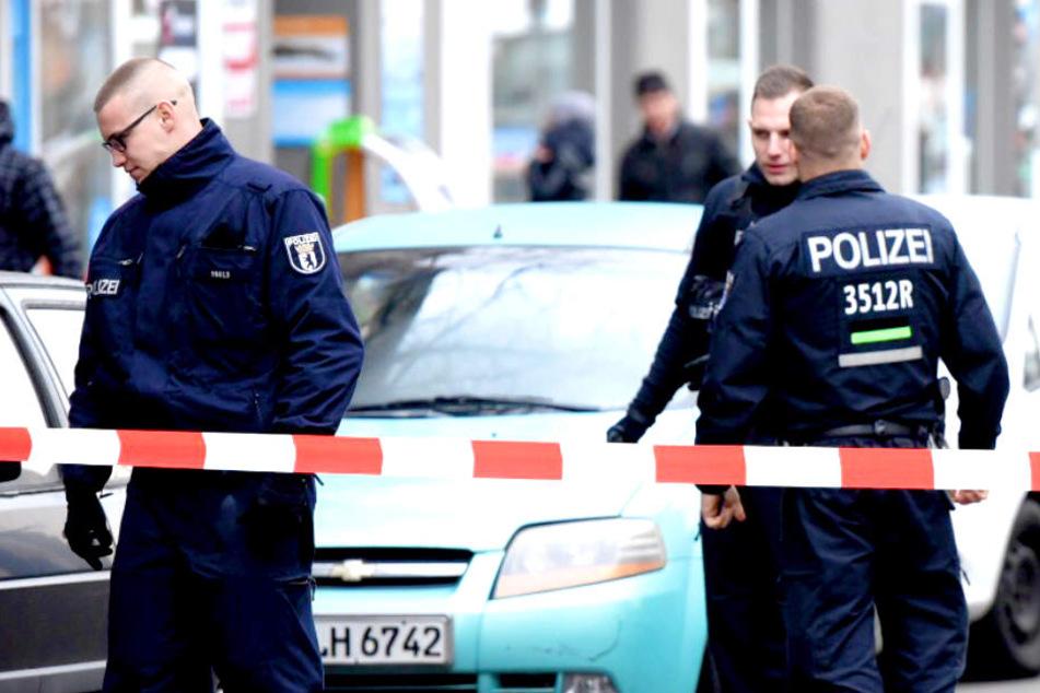 Polizist bei Kontrolle angefahren: Polizei schnappt 22-Jährigen