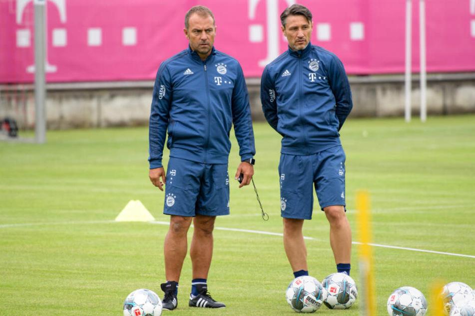 Co-Trainer Hansi Flick (l) und Trainer Niko Kovac bei einer Trainingseinheit des FC Bayern.