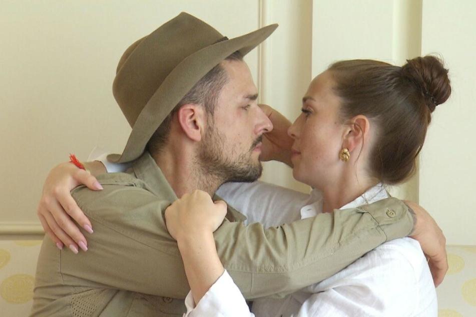 Dschungelstar Marco Cerullo macht seiner Christina live im TV einen Antrag