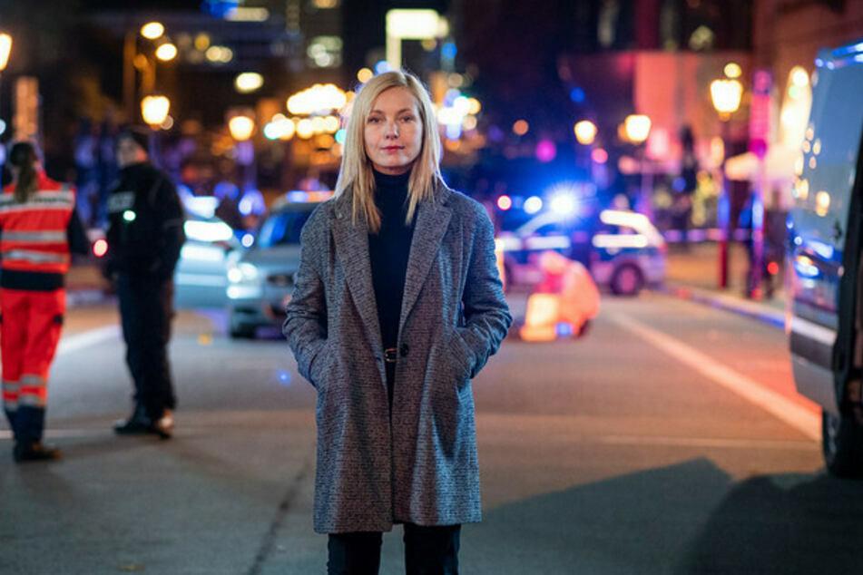"""Nadja Uhl (48) stand jüngst in Berlin für den ARD-Film """"Nach eigenem Gesetz"""" vor der Kamera. Im Februar beendet jetzt sie die Dreharbeiten zu ZERV."""