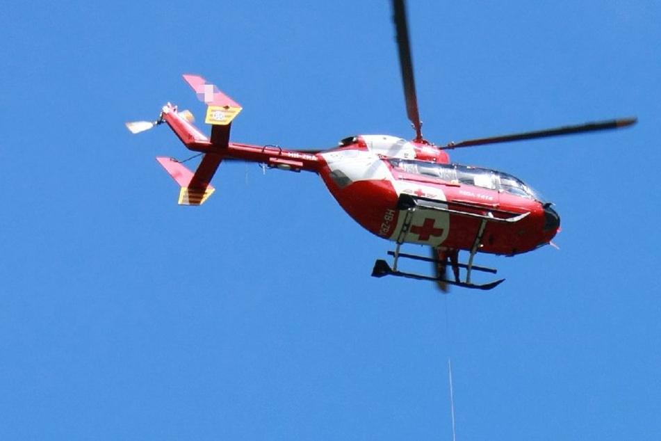 """Neben der Wasserrettung Mayrhofen Bergrettung und dem Hubschrauber """"Heli 4"""" war auch ein Kriseninterventionsteam des Roten Kreuzes im Einsatz (Symbolbild)."""