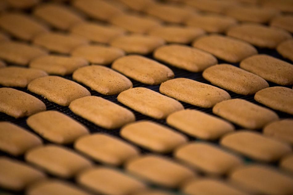 Blick in die Produktion von Aachener Printen in der Aachener Printen- und Schokoladenfabrik Henry Lambertz.