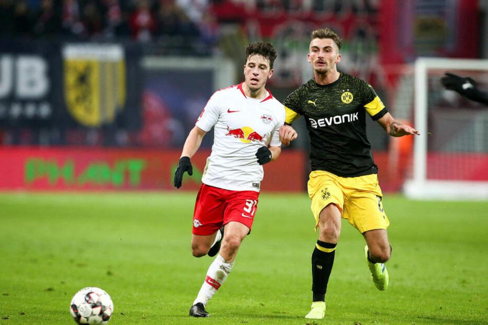 Den jetzigen Dortmunder Maximilian Philipp (r., hier gegen Diego Demme) hätte Ralf Rangnick gern schon im Sommer 2017 gehabt. Wagt der Sportdirektor einen neuen Anlauf?
