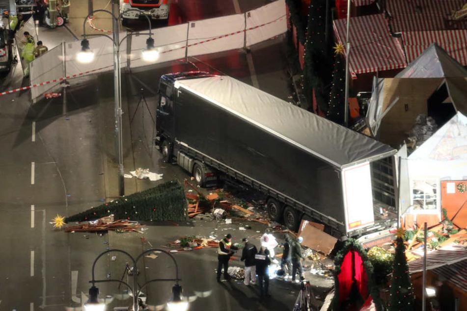 Zwölf Tote auf Berliner Weihnachtsmarkt: Polizei vermutet Terror-Anschlag