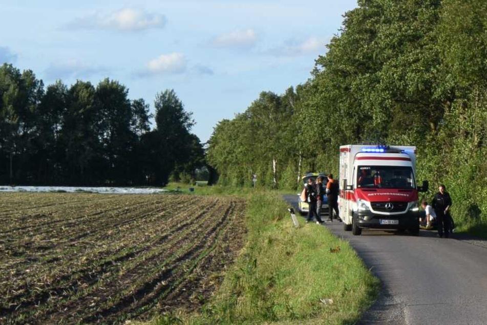 Der 16-Jährige stürzte schwer auf die Fahrbahn.