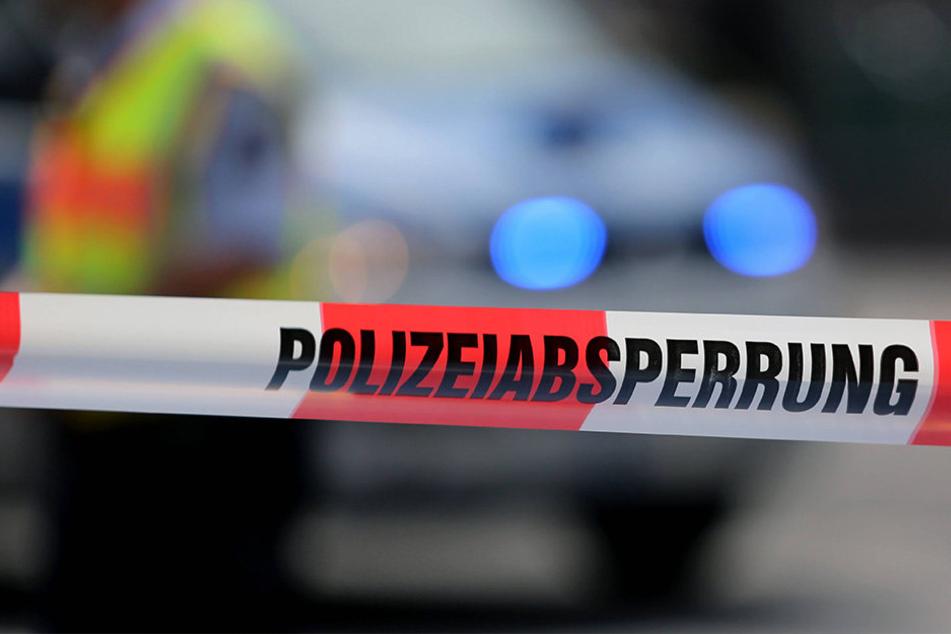 In Bayern wurde eine Frau und ihr siebenjähriger Sohn getötet. (Symbolbild)