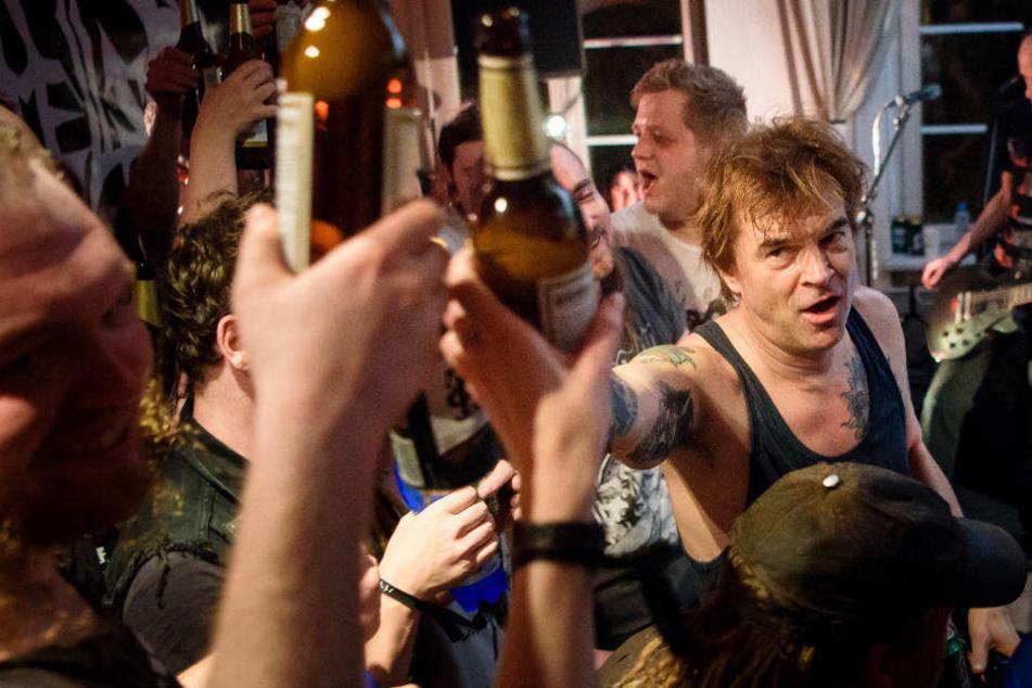 Über 100.000 Flaschen Bier wurden laut Manager Patrick Orth hinter der Bühne getrunken.