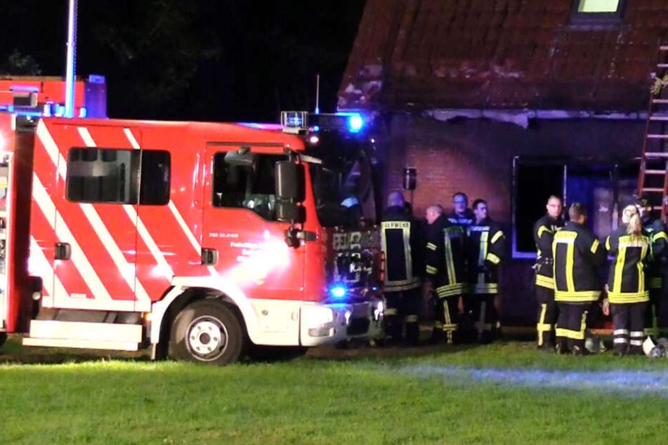 Zwei Bewohner sterben bei Großbrand in Seniorenwohnheim