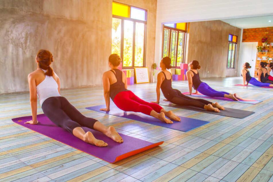 Yoga wird immer beliebter: Besonders bei Frauen. (Symbolbild)