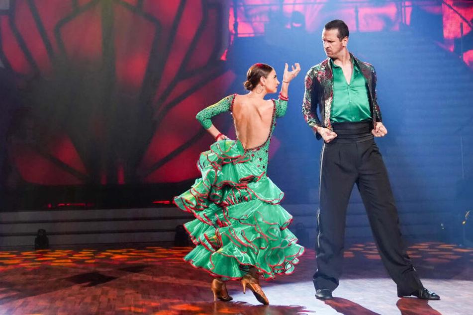 Pascal Hens und Partnerin Ekatarina Leonova überzeugen mit ihrem Tanz.
