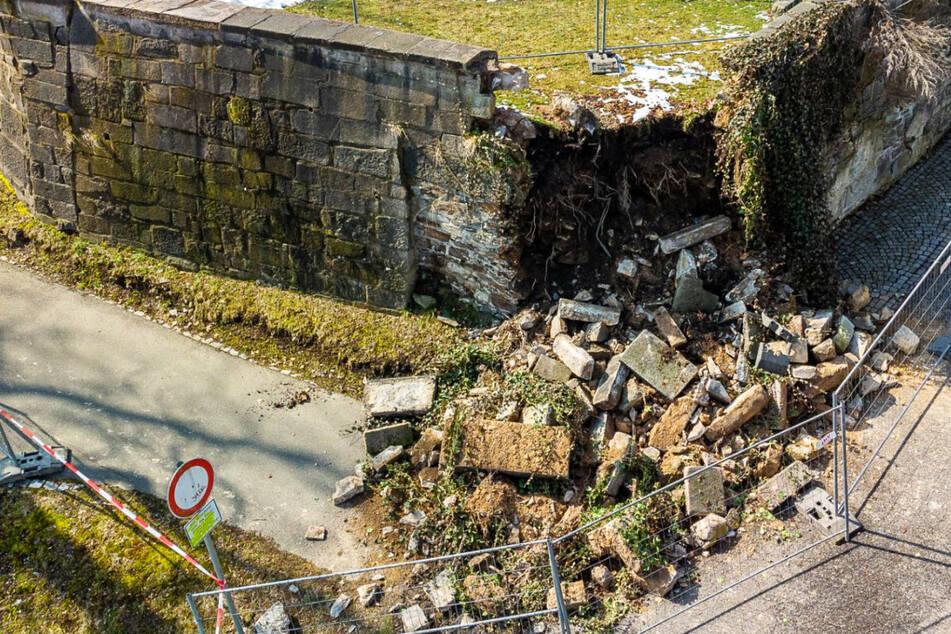 Vogtland: Teile der Falkensteiner Schlossmauer eingestürzt!