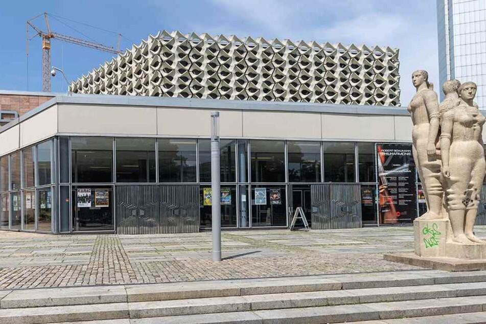 Die Stadthalle wird zum Kongresszentrum.