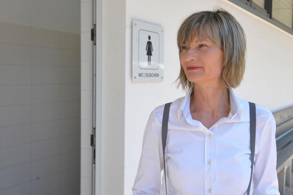 Oberbürgermeisterin Barbara Ludwig (55, SPD) machte sich für die Sanierung  der Sanitäranlagen stark, besuchte vorige Woche den Stausee Rabenstein.