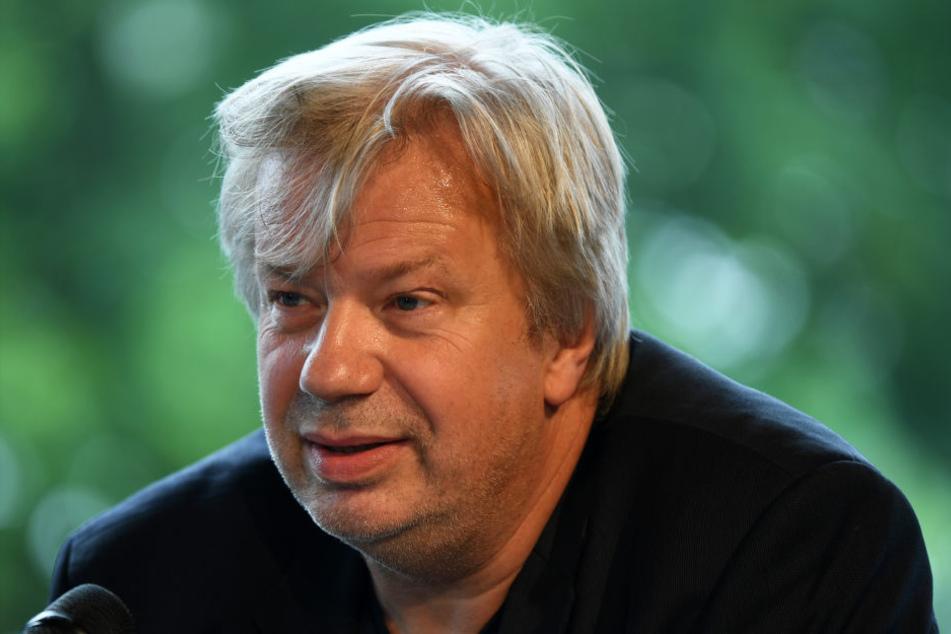 Tobias Wellenmeyer, Vorsitzender des Deutschen Bühnenvereins Ost will beim Intendantentreffen über die rassistischen Anfeindungen sprechen.