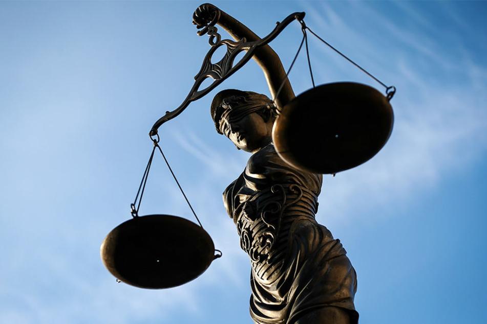"""""""So sind die deutschen Gesetze"""", übersetzte ein Dolmetscher für den 20-Jährigen. (Symbolbild)"""