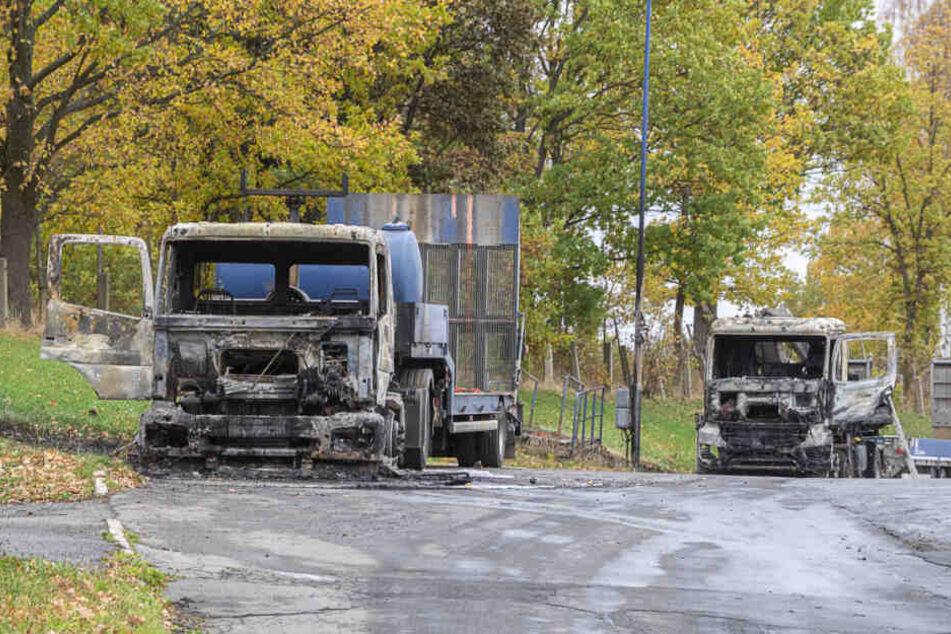 In Rodewisch waren durch den Anschlag mehrere Baufahrzeuge ausgebrannt.