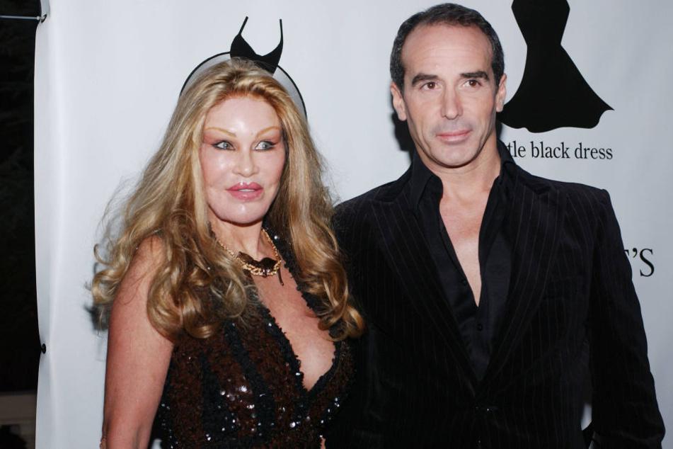 Seit rund zehn Jahre sind Jocelyn Wildenstein (76) und Designer Lloyd Klein (49) zusammen.