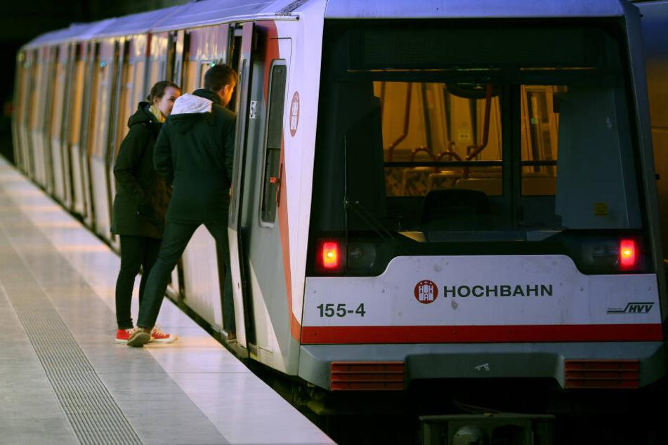 Das Hamburger Bahnnetz wird ausgebaut, die Linie U5 verspricht auf lange Sicht mehr Komfort und kürzere Beförderungszeiten für Fahrgäste. Erstmal wird aber geplant und gebaut.