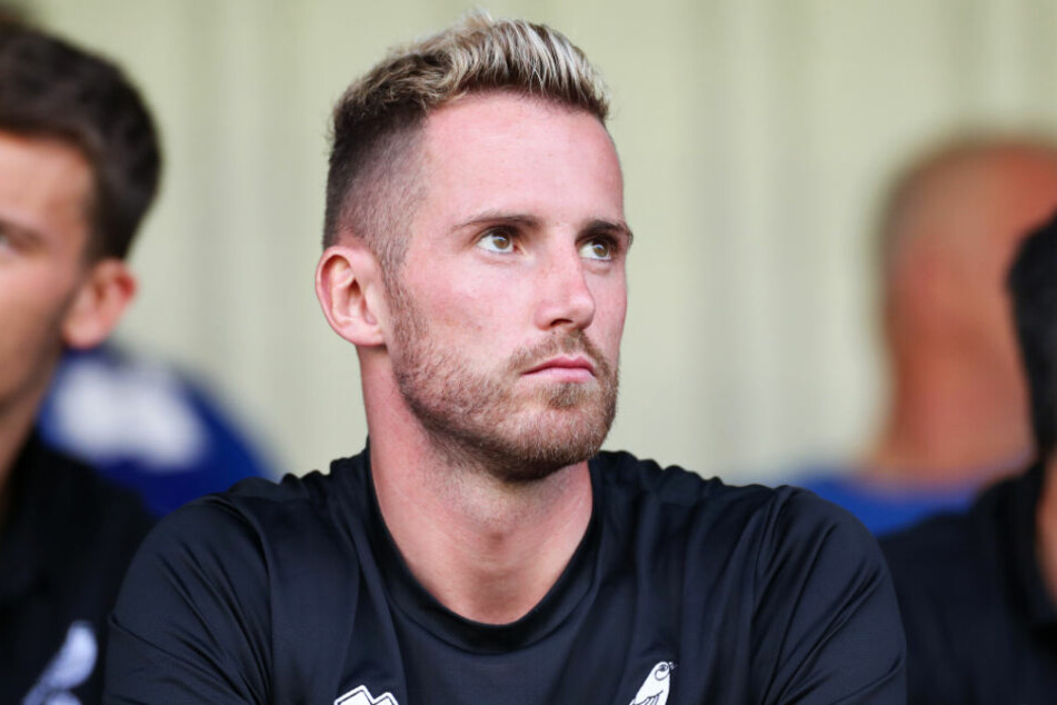 Ralf Fährmann sitzt beim Norwich City FC meist nur auf der Bank.