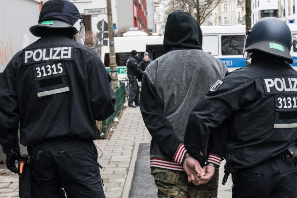 Die Polizei in Hamburg will neue Stellen schaffen