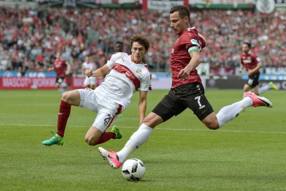RB Leipzig soll ein Auge auf Stuttgarts Abwehr-Juwel Benjamin Pavard geworfen haben.