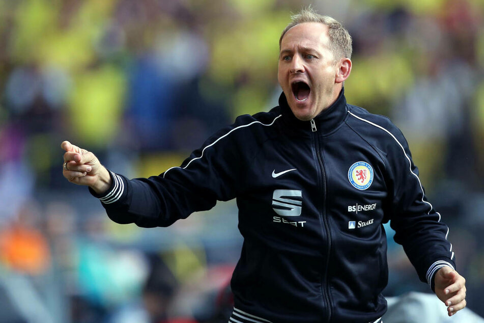 Zehn Jahre lang war Lieberknecht Cheftrainer von Eintracht Frankfurt und führte den Traditionsklub 2013 nach 28 Jahren zurück in die 1. Bundesliga-