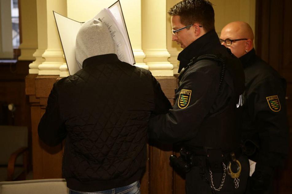 12-Jährige entführt und missbraucht: Hier steht der Vergewaltiger vor Gericht