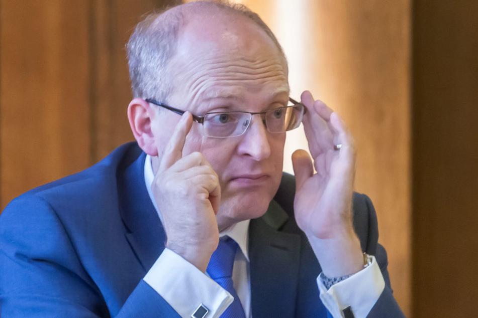Finanzbürgermeister Sven Schulze (SPD) im Stadtrat.