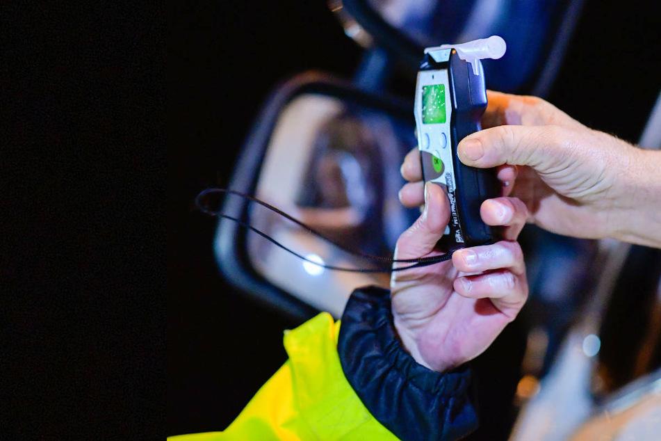 Heftiger Promille-Wert: Polizisten trauen bei Kontrolle von Laster-Fahrer ihren Augen nicht