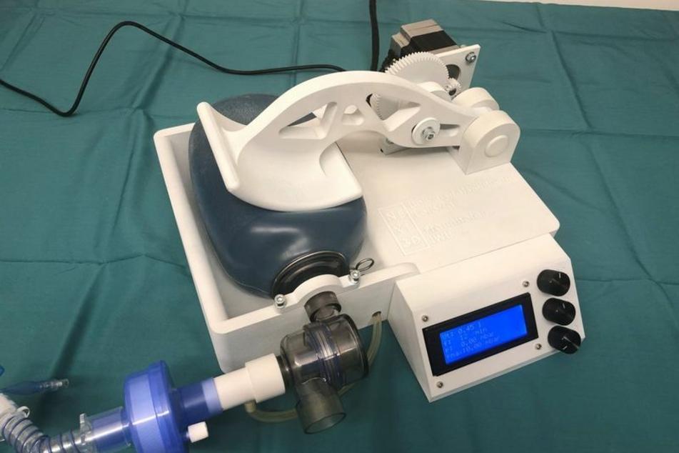 Dieses Notfall-Beatmungsgerät kommt aus dem 3D-Drucker.