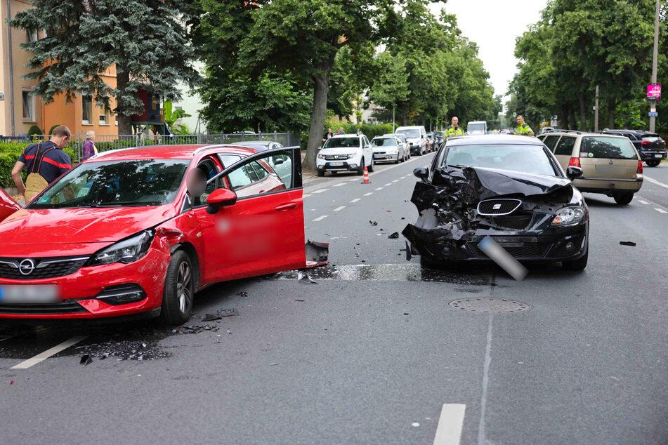 Auf der Winterbergstraße in Dresden-Seidnitz sind am Dienstagnachmittag vier Autos in einen Unfall verwickelt gewesen.