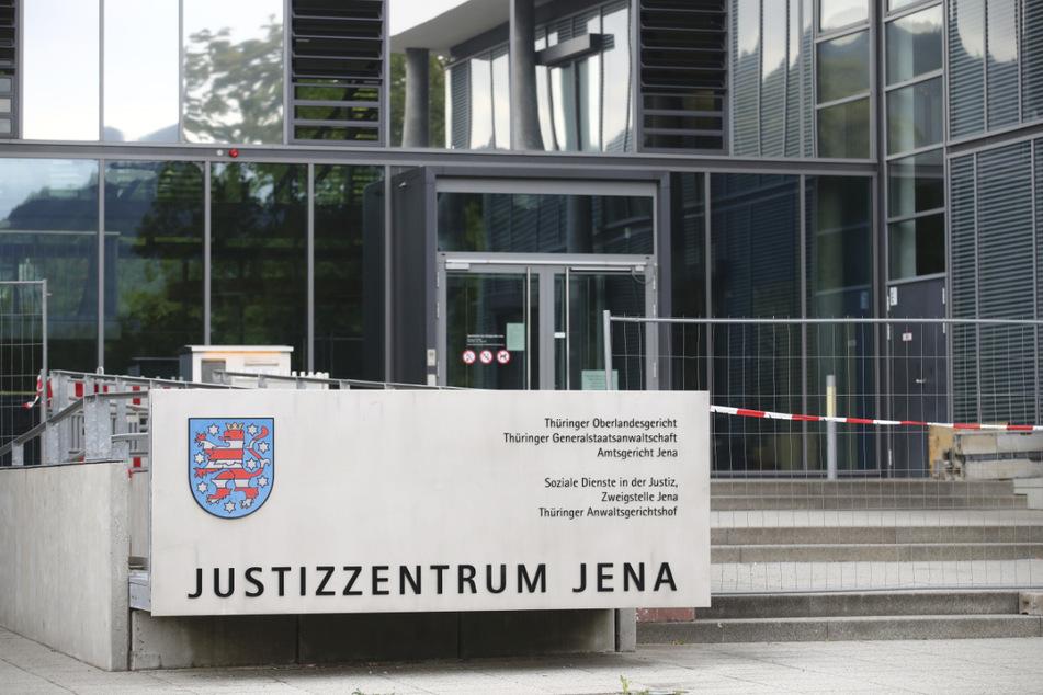Oberlandesgericht hebt umstrittenes Maskenurteil von Weimar auf