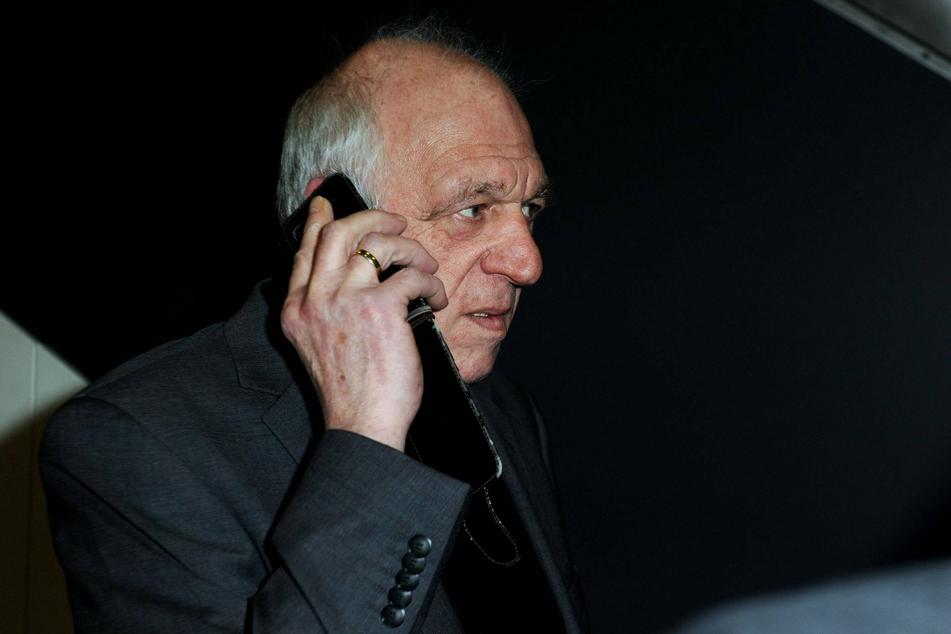 Manfred Weßels (73) hat mit seinem Sohn und seiner Enkelin gebrochen.
