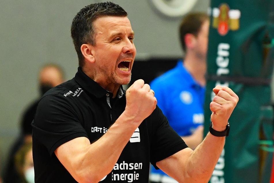 """""""Geiles Spiel"""", bilanzierte DSC-Coach Alex Waibl (53) und freute sich riesig über den ersten Sieg in der Finalserie."""