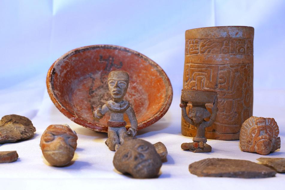 In Bauernhaus gefunden: Bis zu 1500 Jahre alte Maya-Skulpturen gehen an Mexiko und Guatemala zurück