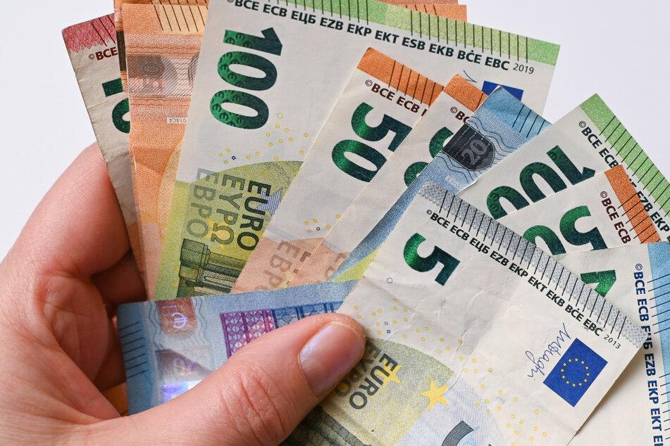 Die Karlsruherin fand das Bargeld in einer Ferienwohnung auf der Insel Usedom. Jetzt wird der rechtmäßige Besitzer gesucht. (Symbolbild)