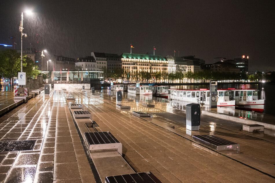 Hamburg: Nächtliche Ausgangssperre in Hamburg aufgehoben, Straßen bleiben trotzdem leer