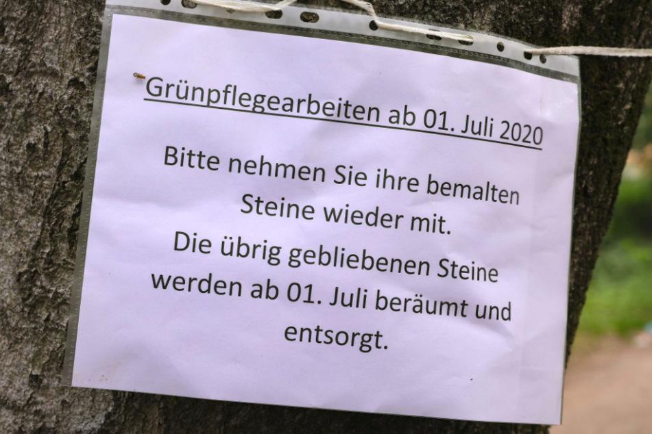 Diese Zettel hängen seit letzter Woche im Waldpark Blasewitz.