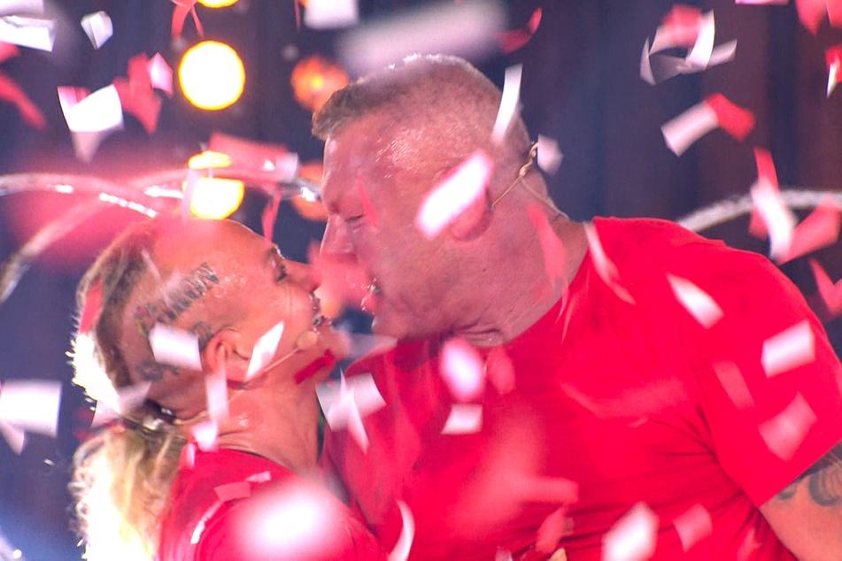 """Caroline (42) und Andreas Robens (54) gewannen beim """"Sommerhaus der Stars""""."""
