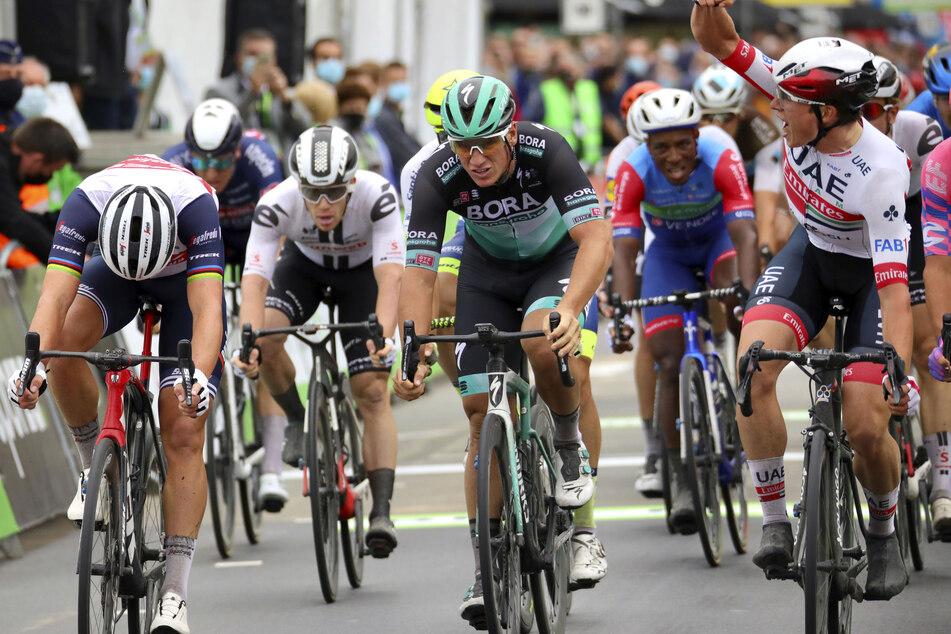 UCI WorldTour - BinckBank Tour, Blankenberge - Ardooie (132,10 km), 1. Etappe: Pascal Ackermann (M) aus Deutschland vom Team Bora-Hansgrohe in Aktion.