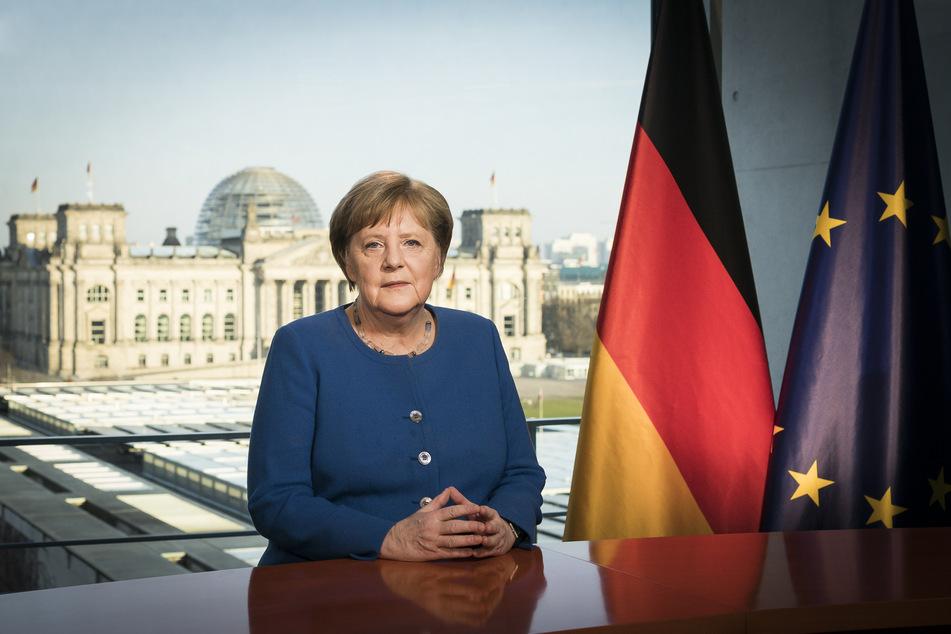 Bundeskanzlerin Angela Merkel (CDU) aufgenommen bei der Aufzeichnung einer Fernsehansprache im Bundeskanzleramt zum Verlauf der Corona-Pandemie.