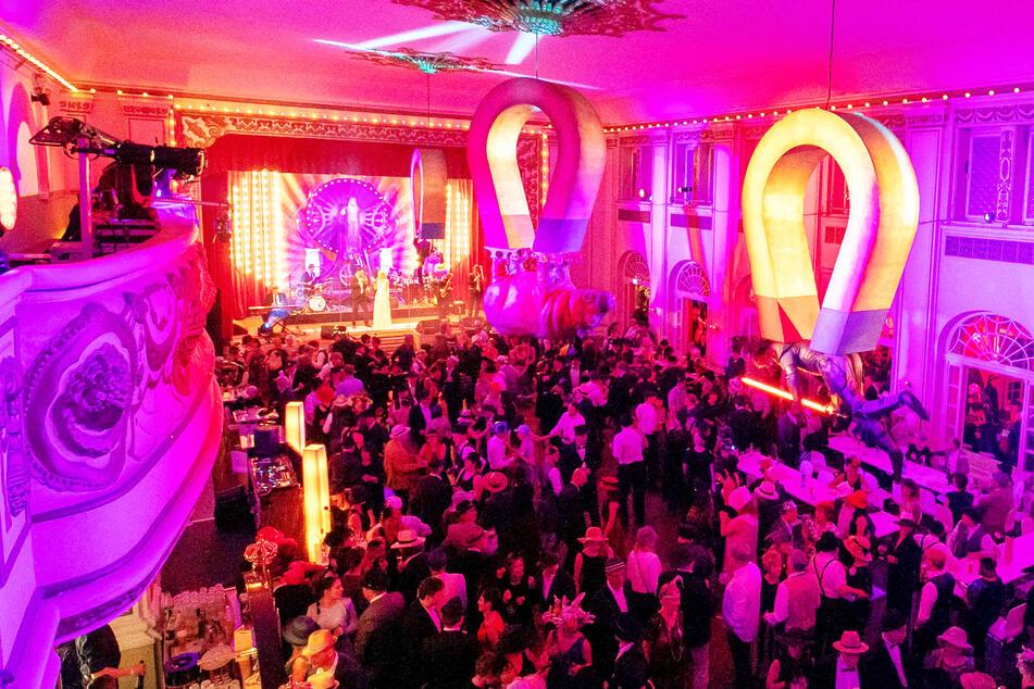 Corona in Dresden: Hochzeiten auf der Kippe, Museen geschlossen!