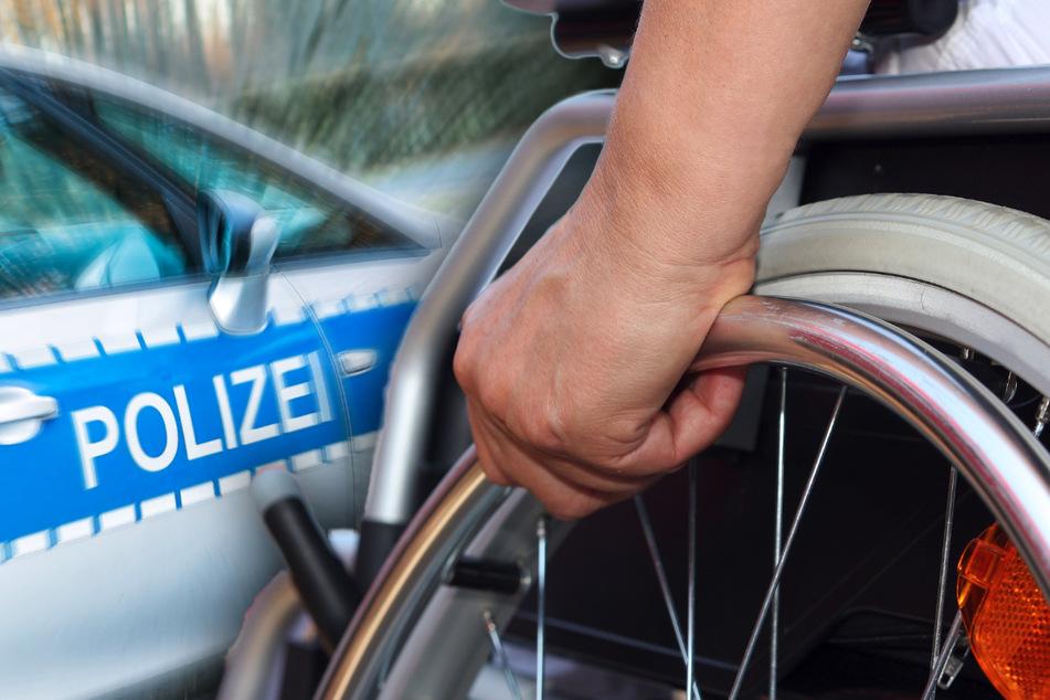 Ein Rollstuhlfahrer (37) wurde in Chemnitz von einem bisher unbekannten Mann mit einer Glasflasche angegriffen. Die Polizei sucht Zeugen (Symbolbild).