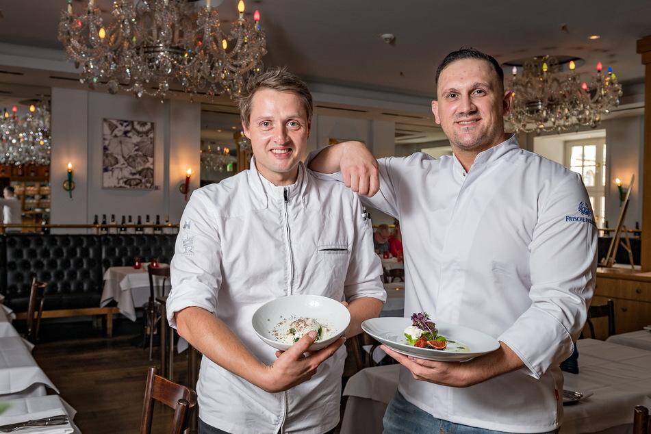 Tobias Moc (37, l. ) und Sebastian Strobel (31) übernehmen das kulinarische Ruder im Kempinski.