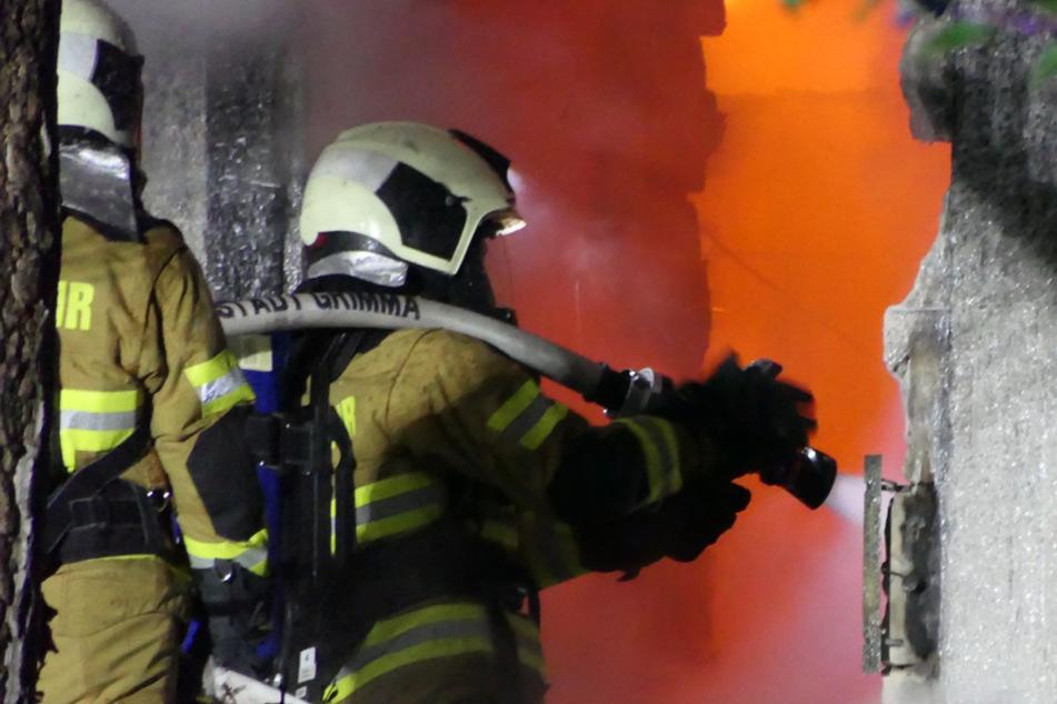 Nächtlicher Feuerwehr-Einsatz: Laube bei Leipzig abgebrannt