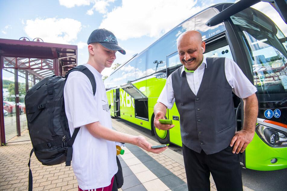 Endlich! Hier fahren die ersten Erzgebirger mit dem Flixbus nach Berlin