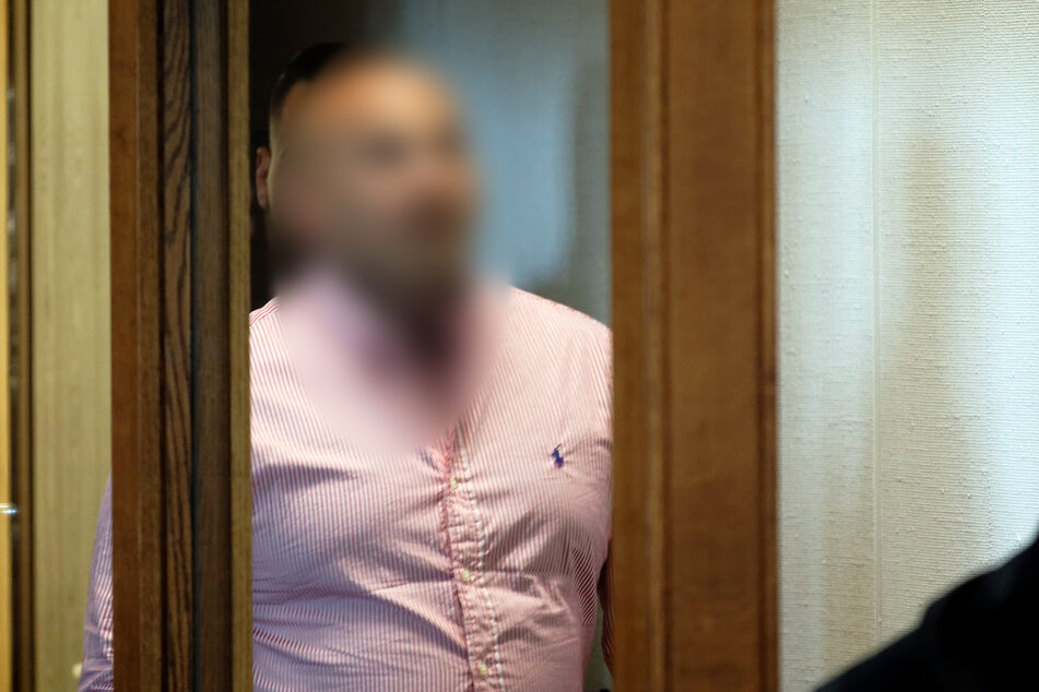 """Geschäftsmann betrogen? Kölner """"Bandidos""""-Chef mit seiner Frau vor Gericht"""