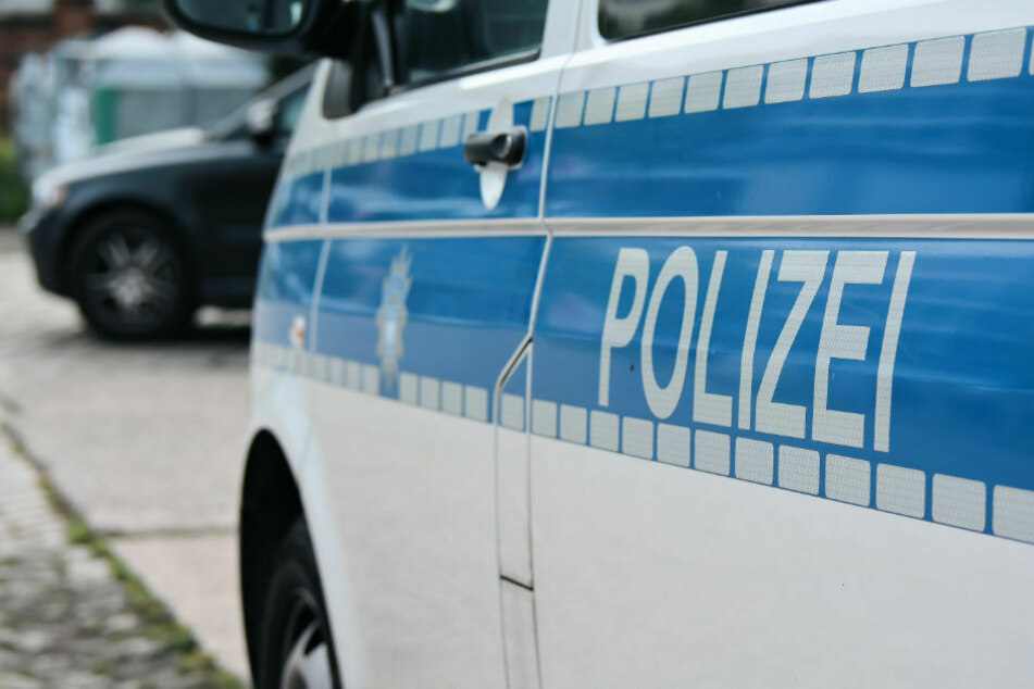 Mit 2,57 Promille: Suff-Fahrer rammt Streifenwagen bei Polizei-Kontrolle